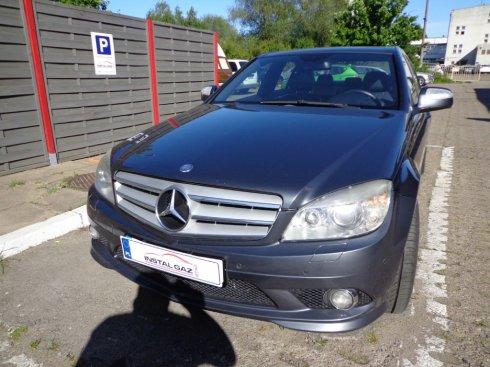 Mercedes C350 3,5 V6 200 kW 2008r.